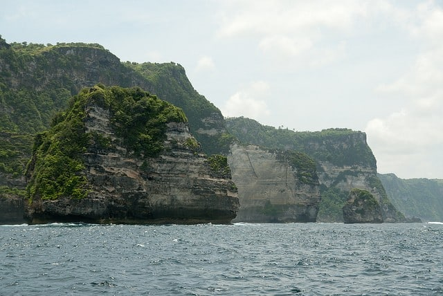 Paysage calcaire autour de Nusa Penida (Bali, Indonésie)