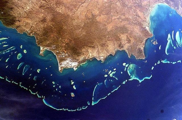 grande barriere de corail vue de l'espace