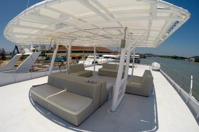 MV Diverace pont terrasse