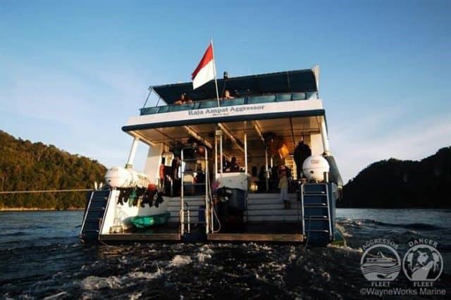 bateau croisiere plongee sous marine raja ampat