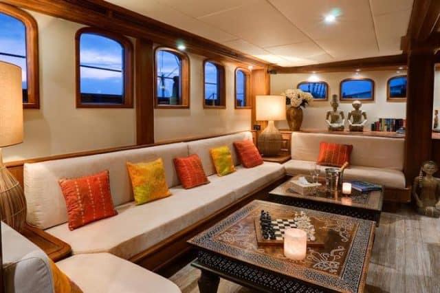 avis croisiere plongee luxe mutiara laut indonesie