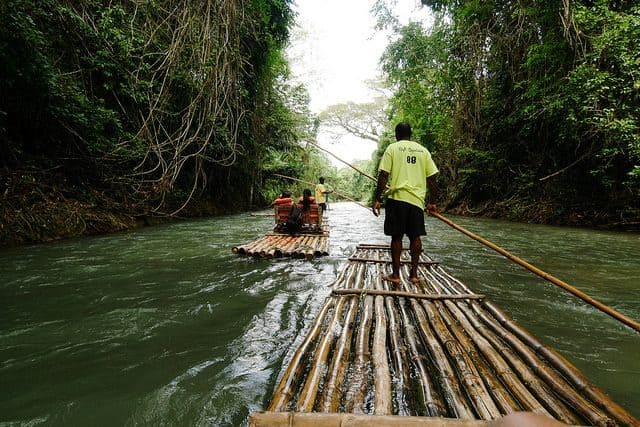 voyage jamaique riviere bateau